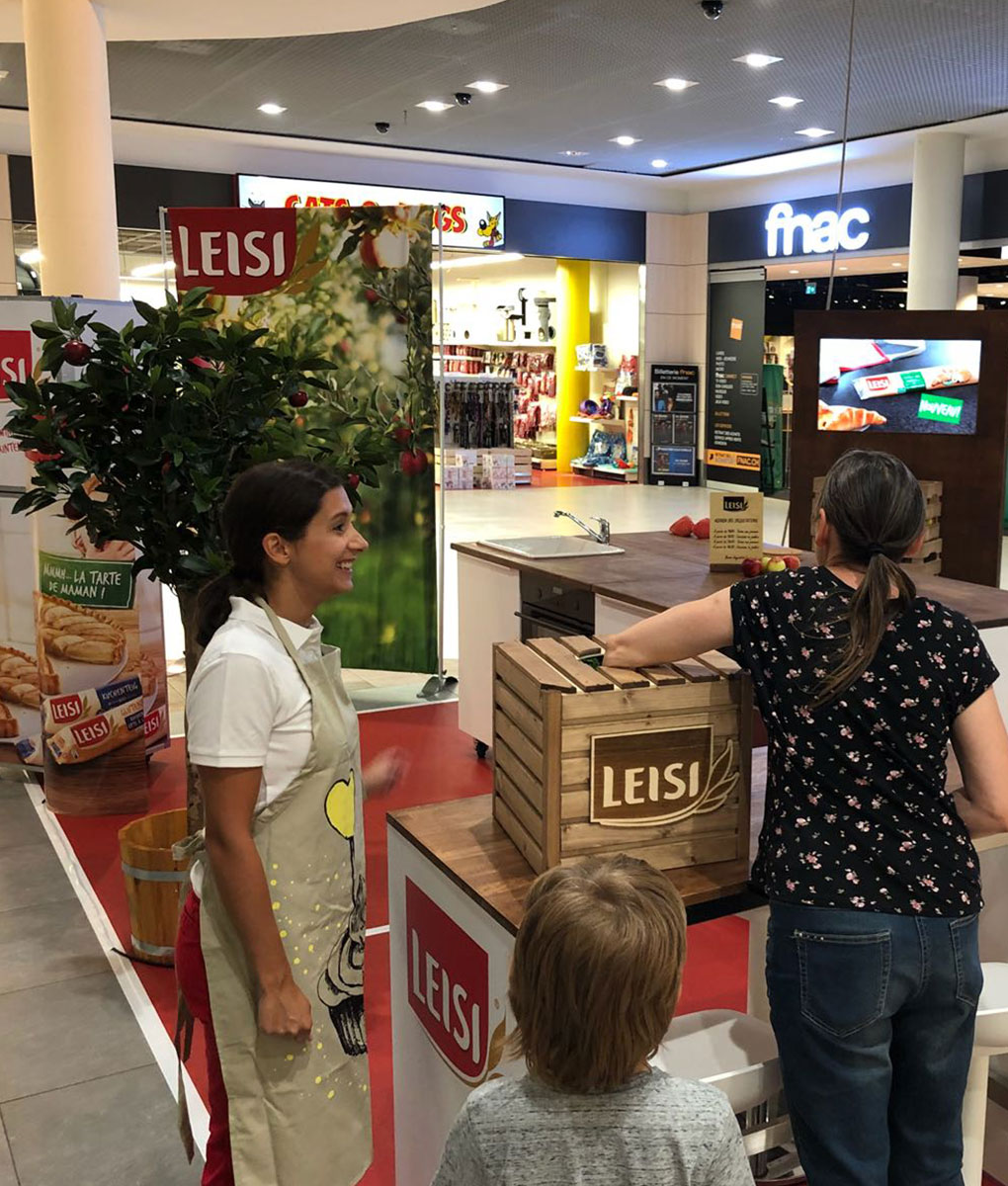 Leisi-Stand-2